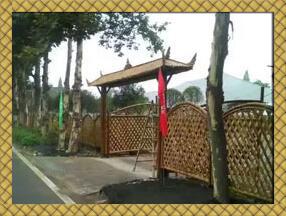 农家小院竹子篱笆图片