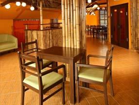 竹子装修酒吧柱子效果图